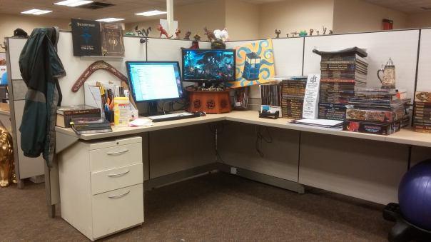 Desk 2 05 2018